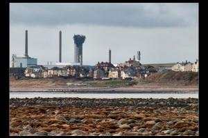 セラフィールド敷地内に再び原子力発電所が設立される予定。特に隣の村シースケールでは反対者はいない。