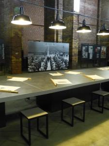 「行間?」展 会場  Museen der Stadt Nürnberg, Dokumentationszentrum Reichsparteitagsgelände